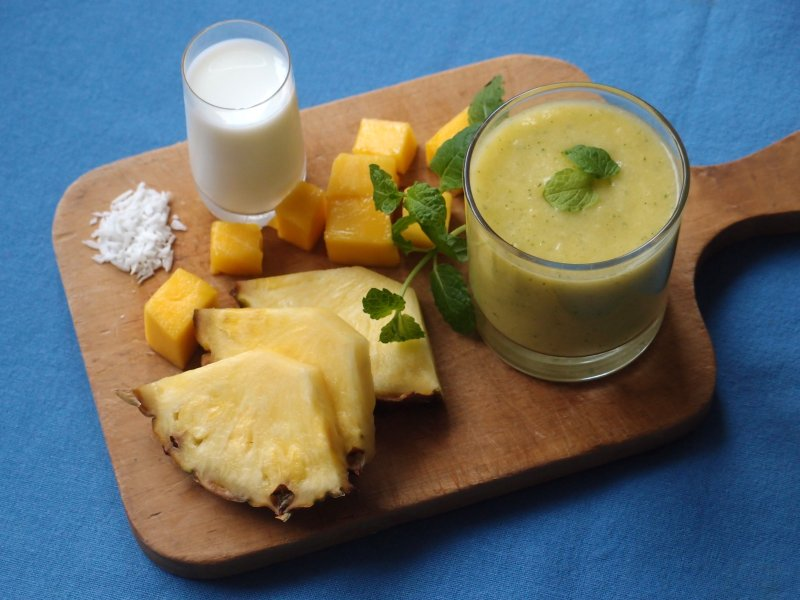 Tropical Fruit and Coconut Smoothie